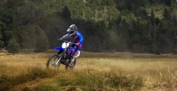 2018-yamaha-tt-r125lw-e-eu-racing-blue-action-005