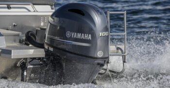 2017-yamaha-f100-eu-na-action-021