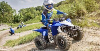 2019-yamaha-yfz50-eu-racing-blue-action-005